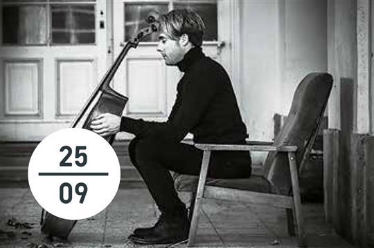 I Koncert Kruhu Pratel Hudby Bachovy Sonaty Pro Violoncello A
